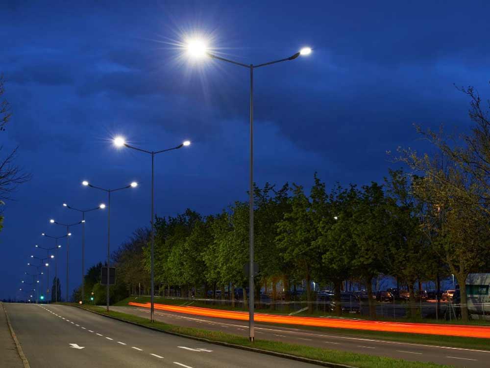 Neubau Straßenbeleuchtung